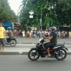 Photo taken at Pasar Jatinegara by Mas G. on 2/24/2013
