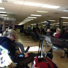 Photo taken at Greyhound Bus Lines by Jimi K. on 11/16/2012