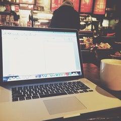 Photo taken at Starbucks by Abdulrhman A. on 12/9/2013