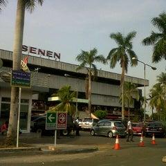 Photo taken at Pusat Grosir Senen Jaya by Rendy P. on 11/10/2012