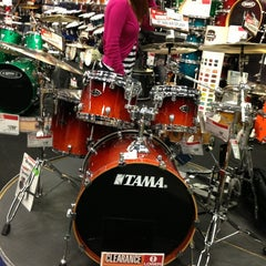 Photo taken at Guitar Center by neo23 on 3/29/2013