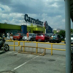 Photo taken at Carrefour by Érica P. on 1/5/2013
