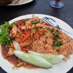 Photo taken at Restoran MZ by hadi abdullah on 2/11/2013