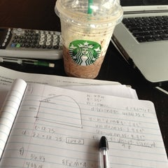 Photo taken at Starbucks by Roxana R. on 12/14/2012