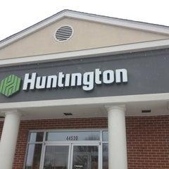 Photo taken at Huntington Bank by 💋 Jennifer on 1/2/2013