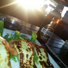Photo taken at Alinda Cafe & Bar by Fatih Ç. on 2/3/2013