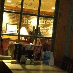 Photo taken at Ninety Nine Restaurant by Rosanne F. on 1/5/2014