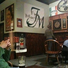 Photo taken at Finn MacCool's by Robert M. on 1/9/2011