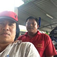 Photo taken at สหกรณ์การเกษตรหาดใหญ่ จำกัด by บำรุง ศ. on 4/5/2013