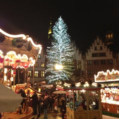 Photo taken at Frankfurter Weihnachtsmarkt by Andi F. on 12/10/2012