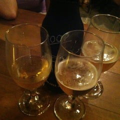 Photo taken at Loop Cervejaria & Steakhouse by Flora M. on 12/26/2012