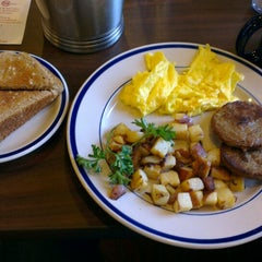 Photo taken at Bob Evans Restaurant by Jack L. on 5/20/2013