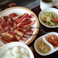 Photo taken at 焼き肉 宝島 市毛店 by AKiKO on 4/20/2013