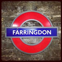 Photo taken at Farringdon London Underground Station by Demsi on 9/11/2013