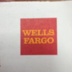 Photo taken at Wells Fargo Bank by Ilya F. on 11/15/2012