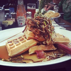 Photo taken at Hash House a Go Go by Lily E. on 1/6/2013