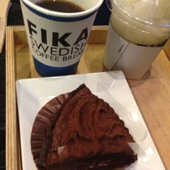 Photo taken at FIKA Swedish Coffee Break by Soo Bok P. on 11/26/2012