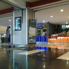 Photo taken at Golden Screen Cinemas (GSC) by Ghaz I. on 1/21/2013