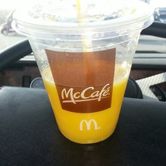 Photo taken at McDonald's by Legendary on 12/30/2013