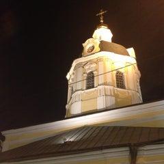 Photo taken at Храм святителя Николая в Звонарях by Юлия on 5/12/2013