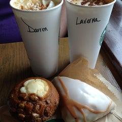 Photo taken at Starbucks by Darren B. on 9/13/2013