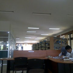 Photo taken at Perpustakaan STAN by Andre T. on 8/13/2014