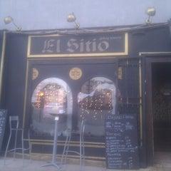 Photo taken at El Sitio by Gabriel A. on 1/4/2013