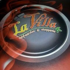 Photo taken at La Villa Chopperia by Luiz S. on 8/20/2013