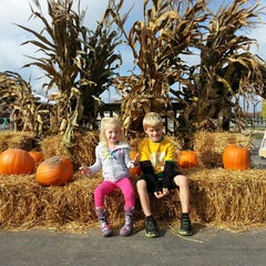 Photo taken at Klackle's Orchard by Jodi A. on 10/25/2014