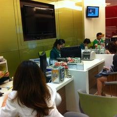 Photo taken at ธนาคารกสิกรไทย (KASIKORNBANK) by tikky3008 on 12/29/2012