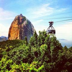 Photo taken at Morro do Pão de Açúcar by Willian S. on 4/7/2013