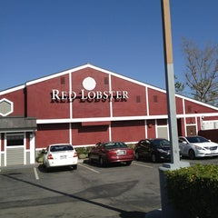 Photo taken at Red Lobster by Casey T. on 3/4/2013