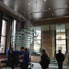 Photo taken at Apple Store, Buchanan Street by bob a. on 4/15/2012