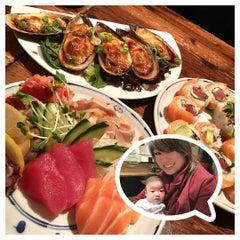 Photo taken at Sushi Momo Tokyo by Alina Lee S. on 1/10/2016