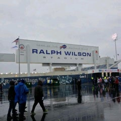 Photo taken at Ralph Wilson Stadium by Man_Used👽👾👽 on 9/8/2013