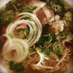 Photo taken at Pho VN One by Naomi R. on 12/7/2013