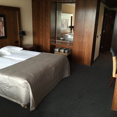Photo taken at Van der Valk Hotel Hengelo by Oscar V. on 5/30/2015
