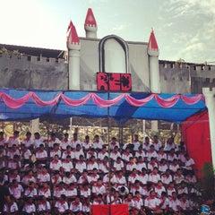 Photo taken at โรงเรียนทวีธาภิเศก (Taweethapisek School) by Newton U. on 12/27/2012