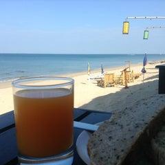 Photo taken at Lanta Paradise Beach Resort by Juan D. on 1/31/2013