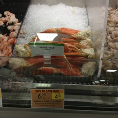 Photo taken at Publix by iT.iS.iKeiya on 1/26/2013