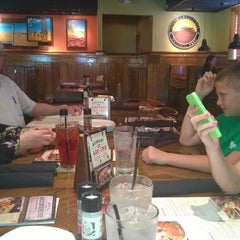 Photo taken at Outback Steakhouse by Brian W. on 6/1/2014