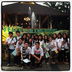 Photo taken at Felix River Kwai Resort (โรงแรมเฟลิกซ์ ริเวอร์แคว รีสอร์ท) by Puns B. on 12/9/2012