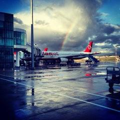 Photo taken at İzmir Adnan Menderes Airport (ADB) by Öğünç on 2/11/2013