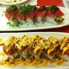 Photo taken at Minato Japanese Restaurant by Jessica T. on 4/5/2013