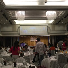 Photo taken at Chaophya Park Hotel (โรงแรมเจ้าพระยาปาร์ค) by irungit . on 1/8/2016