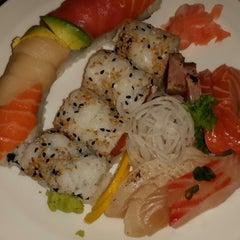 Photo taken at Yokohama Sushi by Mehpare Y. on 1/10/2014