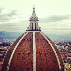 Photo taken at Cattedrale di Santa Maria del Fiore by Anatoly R. on 3/5/2013