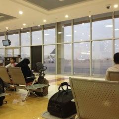 Photo taken at مطار الأمير نايف بن عبدالعزيز الدولي | Prince Nayef Bin Abdulaziz International Airport (ELQ) by A7madooF A. on 5/8/2013