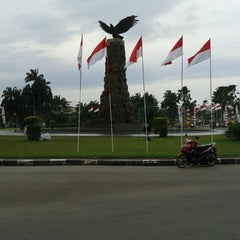 Photo taken at Hang Nadim International Airport (BTH) by Arinil H. on 8/13/2013