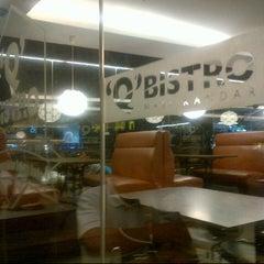 Photo taken at Q Bistro Nasi Kandar by Penghulu S. on 12/21/2012